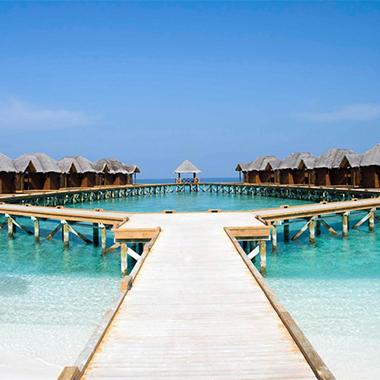 """一生不可错过的海岛,邂逅慵懒的时光,邂逅""""蓝眼泪"""",邂逅浪漫……"""