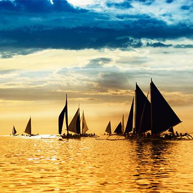细柔的沙滩、碧蓝的海水、和煦的阳光……长滩岛拥有人们对热带岛屿的一切需求元素!