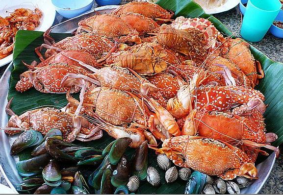 大龙虾海鲜大餐